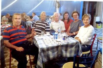 Εν όψει του φιλανθρωπικού χαρακτήρα του φιλικού σε ανοικτή γραμμή επικοινωνίας  Θ. Ζαγοράκης και Τ. Παπατζίκος
