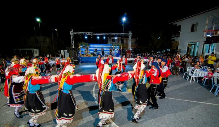 Άρωμα Ελλάδας…στην 4η γιορτή γης της Ευξείνου Λέσχης Χαρίεσσας