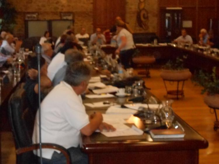 Όσα δεν γράφτηκαν για τη συνεδρίαση του Δημοτικού Συμβουλίου Βέροιας...