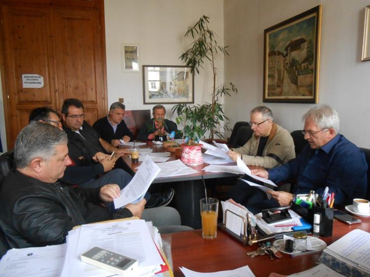 «Πέρασαν» 5 θέματα ημερήσιας διάταξης και 2 έκτακτα στη χθεσινή συνεδρίαση της Οικονομικής Επιτροπής Δ.Βέροιας
