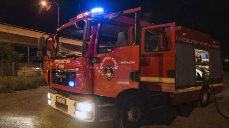 Πυρκαγιά σε μονοκατοικία στον οικισμό αθίγγανων στη Βέροια
