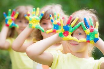 Η Τέχνη μέσα από τα μάτια των παιδιών : Πρωτοπόρο πρόγραμμα του Δ. Νάουσας για μαθητές Δημοτικού