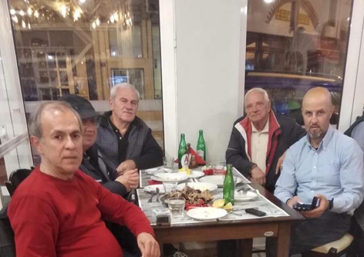 Τραπέζι στο ΦΑΣ Νάουσα από φίλαθλο της ομάδας