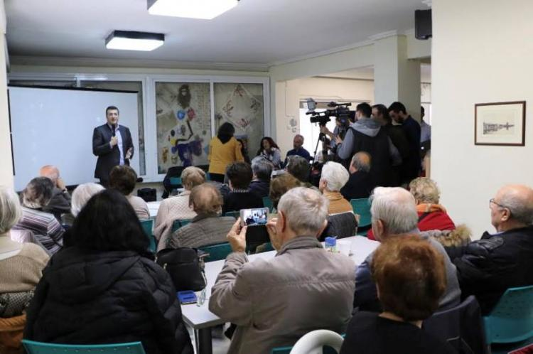 Πρωτοποριακή εφαρμογή για άμεση πρόσβαση των ηλικιωμένων σε δημόσιες υπηρεσίες μέσω smartphone από την ΠΚΜ