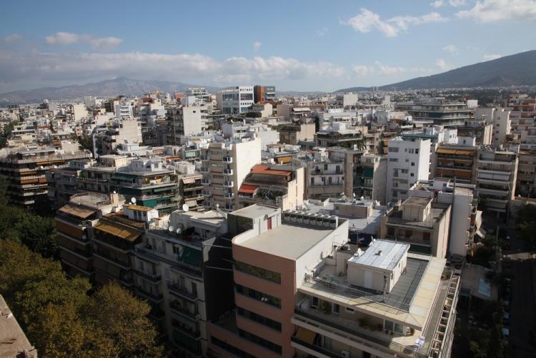 Τέλος στο νόμο Κατσέλη, στις 100.000 ευρώ πέφτει το όριο «προστασίας» της πρώτης κατοικίας