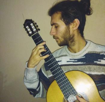 Ρεσιτάλ κιθάρας του Κωνσταντίνου Τσιγγένη στην Εστία Μουσών Νάουσας
