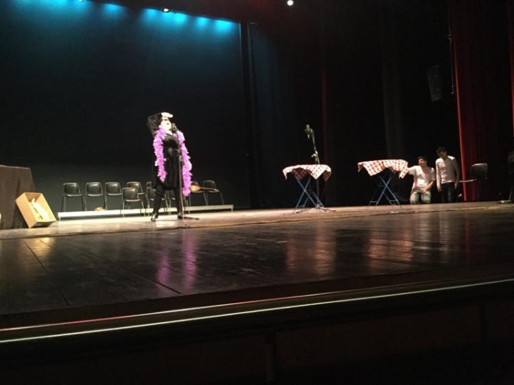Πρωταγωνιστές «Τα Παιδιά της Άνοιξης» στη θεατρική μουσικοχορευτική παράσταση «ΣΑΝ ΠΑΛΙΟ ΣΙΝΕΜΑ»