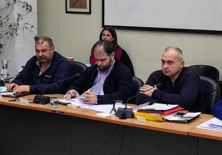 Δημοτικό Συμβούλιο Νάουσας : Ζημιές 10.000 Ε στον ισολογισμό 2017 του Δήμου