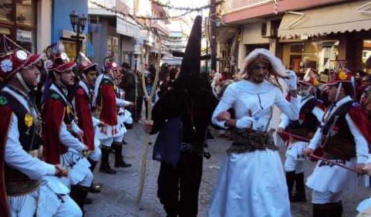 Η Εύξεινος Λέσχη Βέροιας παρουσιάζει το δρώμενο των «Μωμόγερων»