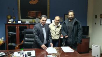 Υπογραφή σύμβασης για αντικατάσταση κουφωμάτων σε σχολεία του Δήμου Νάουσας