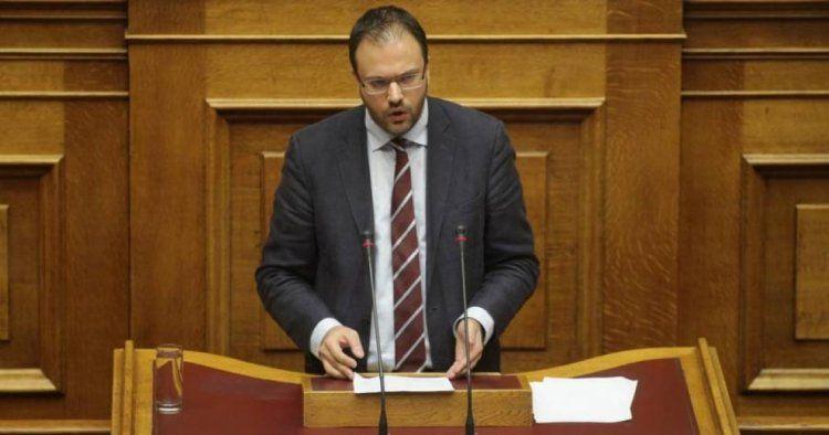 Θανάσης Θεοχαρόπουλος, παρέμβαση στη Βουλή για την παιδεία : «Η κοροϊδία συνεχίζεται»