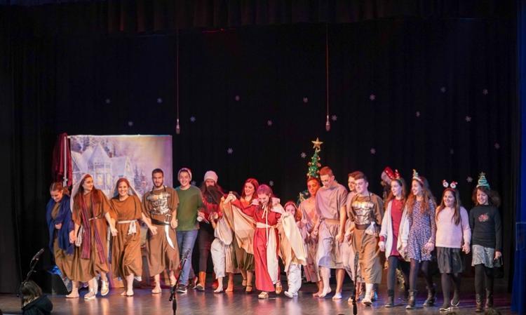 Θεατρική παράσταση «Χριστούγεννα στις Κατακόμβες» για τα παιδιά των κατηχητικών της Ιεράς Μητροπόλεώς μας