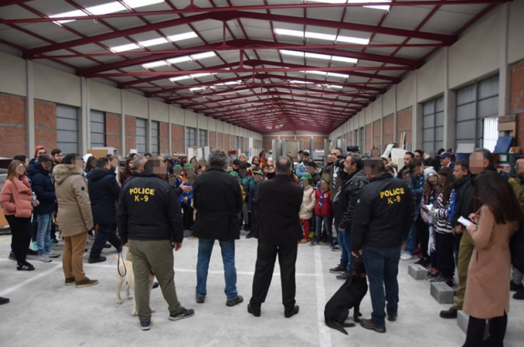 Επίσκεψη Προσκόπων στις Ειδικές Δυνάμεις της ΕΛ.ΑΣ και στα Πυροσβεστικά Αεροπλάνα