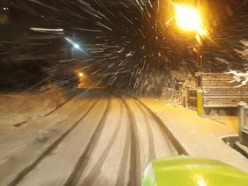Η συνήθης νεοελληνική βλακεία στα χιόνια πρέπει να τιμωρείται με πρόστιμο!