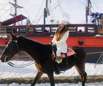 Ευκαιρία για ιππασία στην παγωμένη...θάλασσα της Βέροιας!