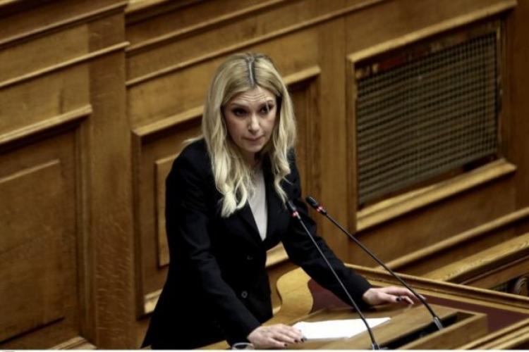 """Φ. Αραμπατζή : «""""Βρέχει"""" λεφτά για την ευρωπαϊκή γεωργία και η Κυβέρνηση ΣΥΡΙΖΑ-ΑΝΕΛ συνεχίζει να κρατά ομπρέλα»"""