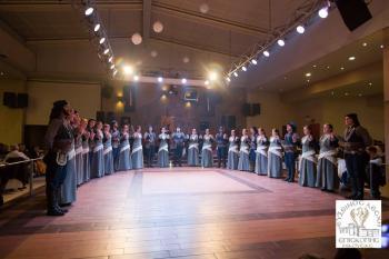 Με μεγάλη επιτυχία ο ετήσιος χορός της Ευξείνου Λέσχης Επισκοπής Νάουσας (Φωτορεπορτάζ)