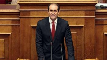 Απ.Βεσυρόπουλος: «Οι δενδροκαλλιεργητές της Ημαθίας, που οι καλλιέργειές τους ξεράθηκαν, εμπαίζονται από την κυβέρνηση»