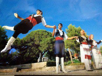 Μαθήματα χορού, λύρας και λαούτου στο Σύλλογο Κρητικών Ν. Ημαθίας
