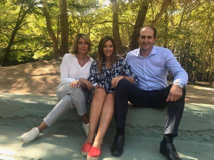 Περιοδεία Άννας Καραμανλή και Σοφίας Ζαχαράκη στη Νάουσα