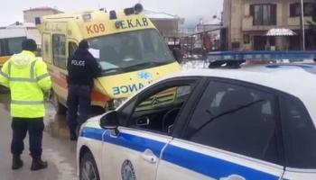 Τροχαίο ατύχημα στη Μελίκη, πλαγιομετωπική σύγκρουση 2 ΙΧ, σπεύδει ασθενοφόρο