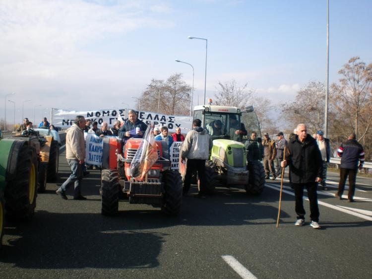 Απογοητευμένοι αγρότες, αντί για λύσεις στα προβλήματά τους, άκουσαν μόνο δεσμεύσεις για παρεμβάσεις
