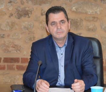 Κώστας Καλαϊτζίδης : «Και στους δρόμους της Π.Ε. Ημαθίας οι πινακίδες θα γράφουν μόνο Σκόπια».