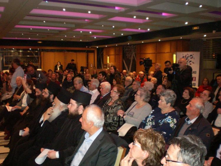 Κατάμεστη η «Ελιά» στη χθεσινή ομιλία του Νίκου Λυγερού με θέμα «Η αιωνόβια γενοκτονία των Ελλήνων»