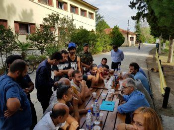 Επίσκεψη του αν. υπουργού μεταναστευτικής πολιτικής στα κέντρα φιλοξενίας προσφύγων της Ημαθίας