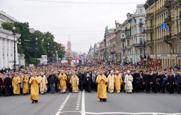 Η εικόνα της Παναγίας Σουμελά στην πανήγυρη του Αγ. Αλεξάνδρου Νιέβσκι στην Αγία Πετρούπολη