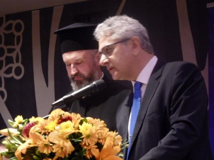 Π. Γκιουλόγλου : «Δεν πρέπει να αφήσουμε τη Μέρκελ και το Γιούνκερ να μας κάνουν μάθημα πολιτισμού».