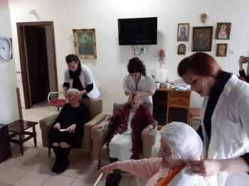 Επίσκεψη του Τμήματος Αισθητικής του 1ου ΕΠΑΛ Βέροιας στο «Σωσσίδειο Γηροκομείο»