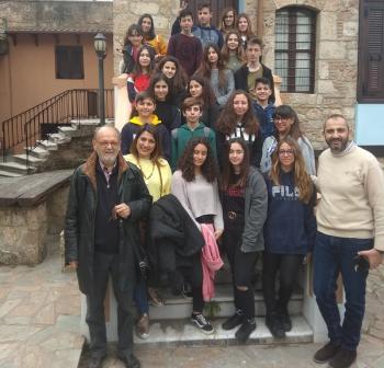Μαθητές του Γυμνασίου Καλυβίων Αττικής επισκέφτηκαν το Σύλλογο Βλάχων Βέροιας
