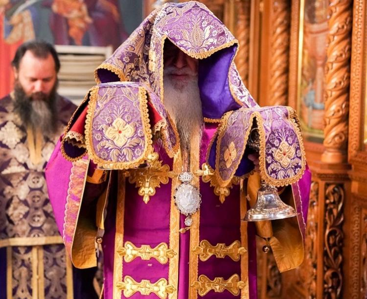 Πρώτη Θεία Λειτουργία των Προηγιασμένων Τιμίων Δώρων από το Σεβ. Μητροπολίτη Βεροίας κ. Παντελεήμονα