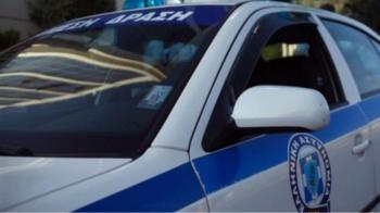 Σύλληψη 30χρονης και 35χρονου για κλοπή χρυσής αλυσίδας