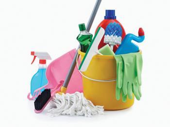 Κυρία αναλαμβάνει καθαρισμό σπιτιών και ξενοδοχείων