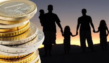 Επιδόματα παιδιών: Ποιοι θα πληρωθούν πριν το Πάσχα -Τι συμβαίνει με οφειλές & επιστροφές