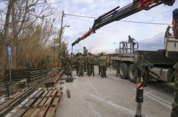 Η Περιφέρεια Κεντρικής Μακεδονίας εξοπλίζει τις Ένοπλες Δυνάμεις για δράσεις Πολιτικής Προστασίας με 14 μηχανήματα