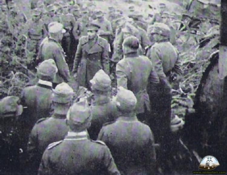6 ΑΠΡΙΛΙΟΥ 1941 - Γράφειο ο Γρηγόρης Γιοβανόπουλος