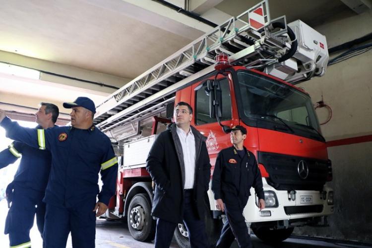Ο Περιφερειάρχης Κεντρικής Μακεδονίας Απόστολος Τζιτζικώστας στο ΕΚΑΒ και στην Πυροσβεστική Υπηρεσία