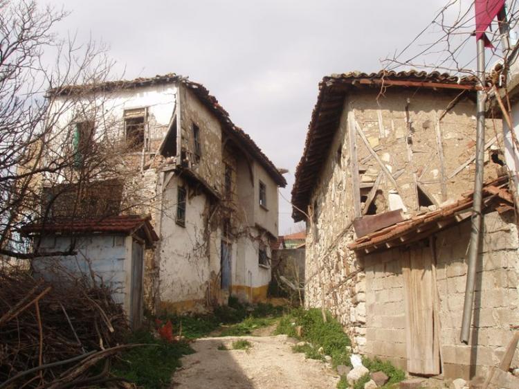 Ένα ταξίδι στην αντίπερα όχθη, στα χωριά της Προύσας. Στο Γούλιο.