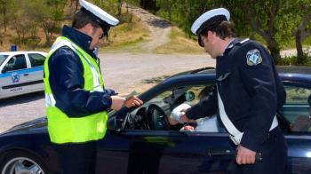 «Παράβαση της Εβδομάδας» : Βεβαιώθηκαν 6.579 παραβάσεις για οδήγηση με υπερβολική ταχύτητα ή υπό την επίδραση οινοπνεύματος