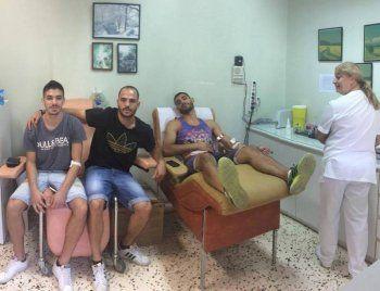 Αιμοδοσία ποδοσφαιριστών του ΦΑΣ Νάουσα για την 18χρονη Ναουσαία