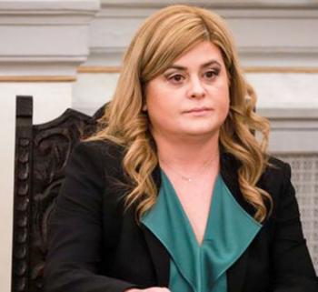 Η υφ. Μακεδονίας-Θράκης Ελ.Χατζηγεωργίου θα εκπροσωπήσει την κυβέρνηση στις εκδηλώσεις μνήμης της 197ης επετείου του Ολοκαυτώματος Νάουσας