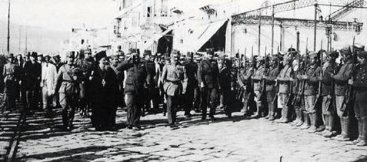 Εκατό χρόνια από τη στιγμή που η 1η Μεραρχία Στρατού αποβιβάζονταν στη Σμύρνη