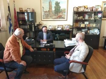 Εργασίες ασφαλτόστρωσης οδών ξεκινάει ο Δήμος Βέροιας  -Υπογράφτηκε η σχετική σύμβαση από το Δήμαρχο