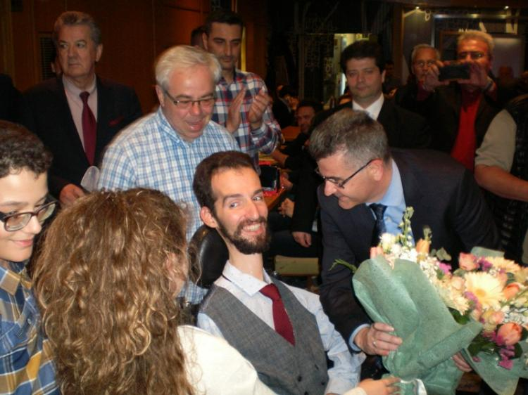 Στέλιος Κυμπουρόπουλος : «Τα άτομα με αναπηρία πρέπει να έχουν ίσες ευκαιρίες»