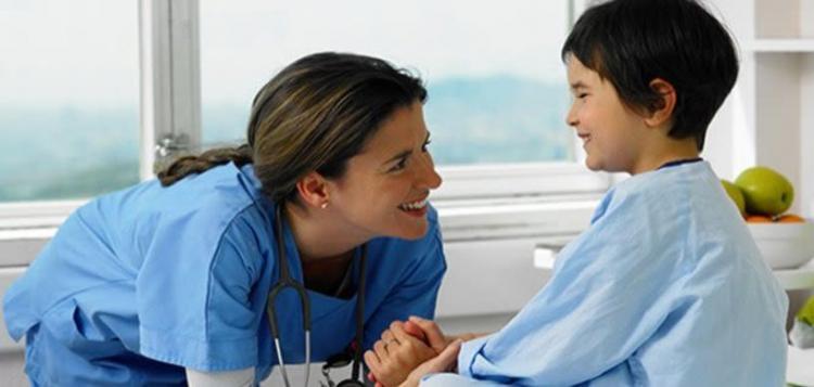 Ένα μικρό αφιέρωμα για τη γιορτή της μητέρας Νοσηλεύτριας, αλλά και στην Παγκόσμια Ημέρα Νοσηλευτών - Της Μ.Παπαϊωάννου