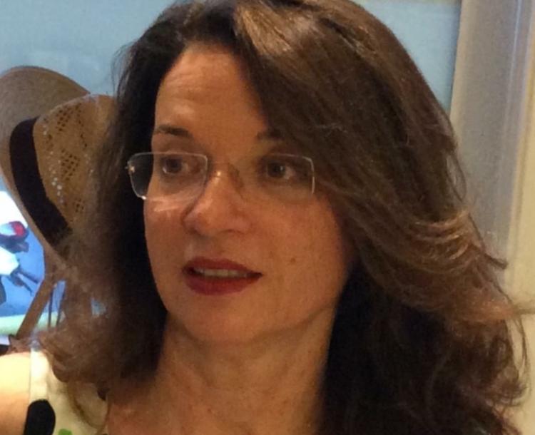 Η Ποιήτρια ΜΑΡΙΑ ΠΑΤΑΚΙΑ στη ΒΕΡΟΙΑ για την παρουσίαση της νέας της ποιητικής συλλογής