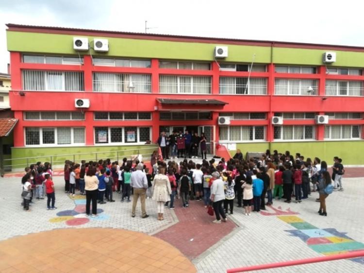 Κλιμάκιο της ποδοσφαιρικής ομάδας ΒΕΡΟΙΑ επισκέφτηκε το 4ο Δημοτικό Σχολείο